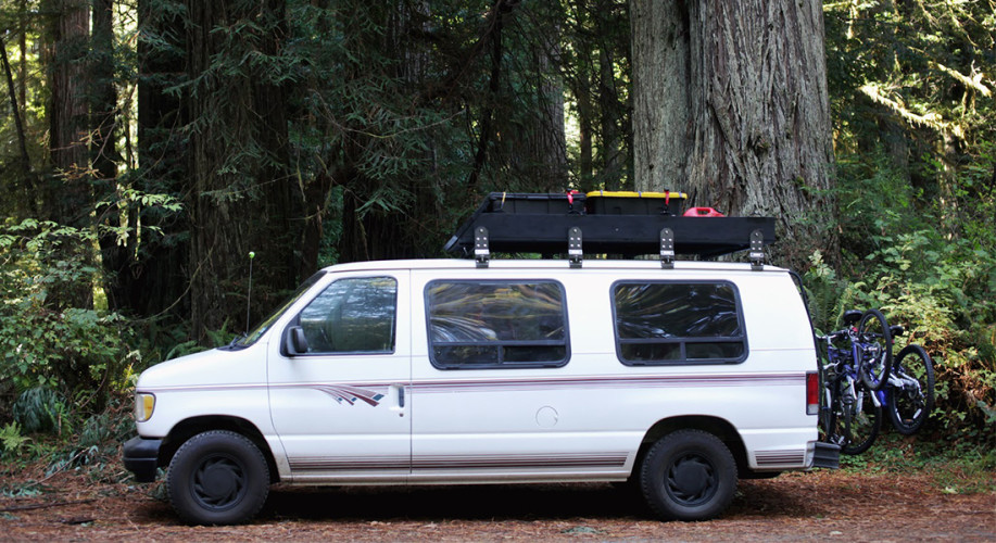 10 Holiday Gift Ideas for a Vanlifer
