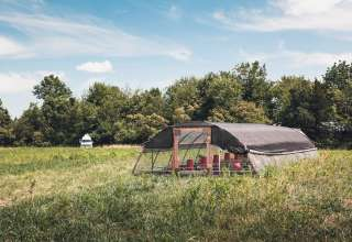 Rustic Guest House Glamping