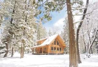 Cozy Log Cabin Near Lassen Park
