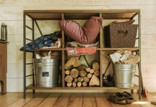 Cozy Creekside Glamping