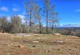 Hike near Yosemite & Bass Lake