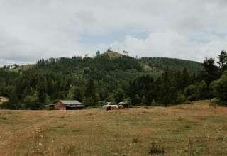 Cozy Valley Farm Camp