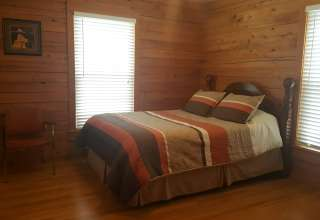 Bear Necessities Cabin VA