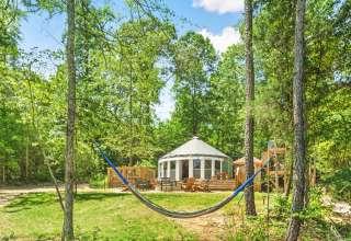 The Yurt on Lake OG