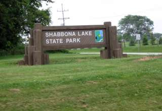 Shabbona Lake