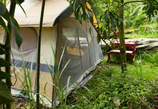 Hedonisia Hawaii Sustainable Campground