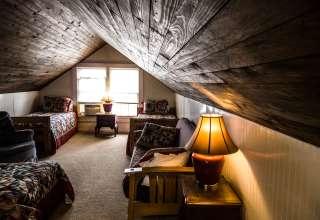 Nolichuckey Bluffs B&B Cabins
