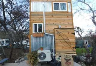Tiny House Glamping in the Park