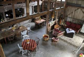 1912 Vintage Barn Experience