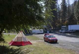 Osprey RV Raft & Ski Camp