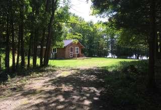 Moss Lake Cabin
