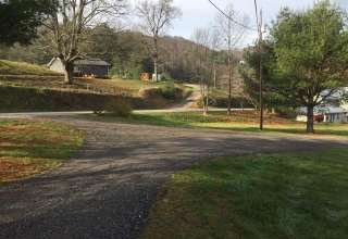 WaLeLu Farm