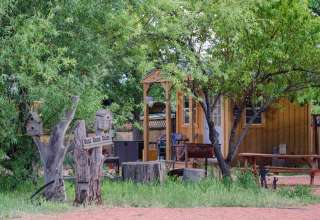 Coral Pink Ranch Bunkhouse Camp