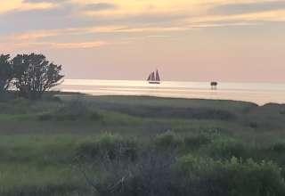 The Sea Monkey Kite Lodge