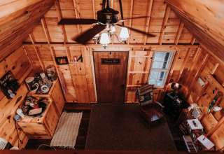 Hallstead Cabin & Camping