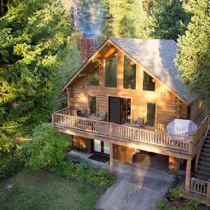 LogCabin with Dock on Flathead