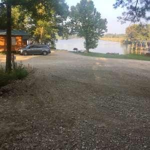 B&R Lakeside Cabins & RVs