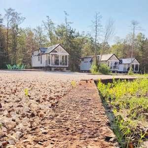 Arrow Acres Tiny Farmhouses