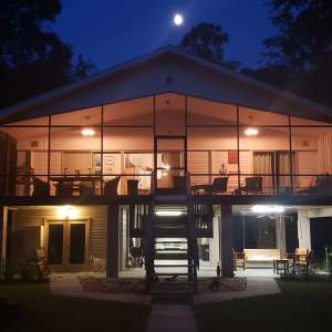The Suwannee River Rest Lodge