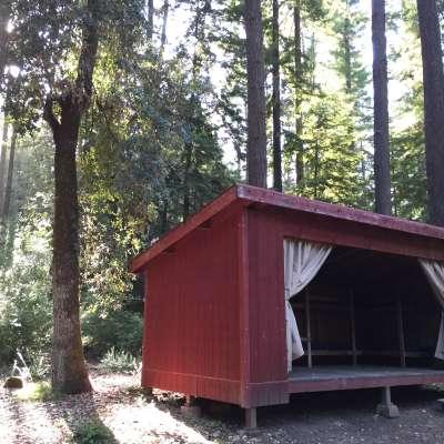 Pomo Camp