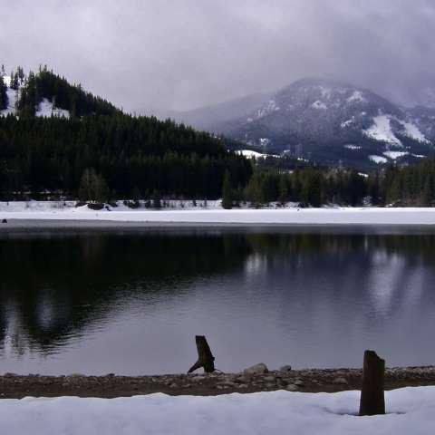 Lake Easton Campground