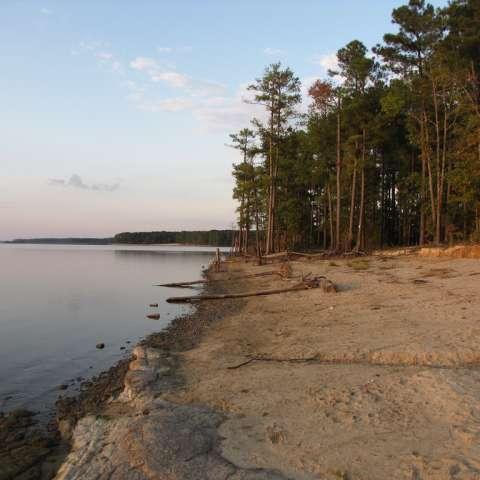 Jones Lake Campground