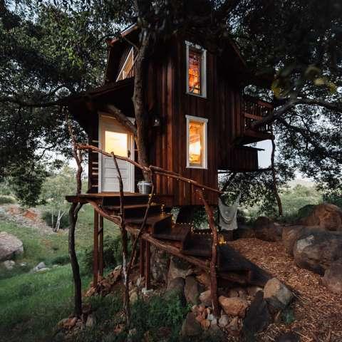 Romantic Rustic Tree House