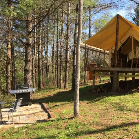 Private Creekside Glamping