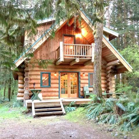 Mt. Baker Lodging – Cabin #10