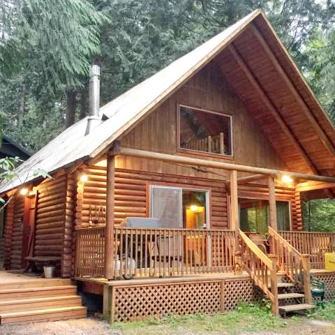 Mt. Baker Lodging – Cabin #17