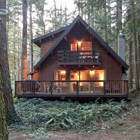 Mt. Baker Lodging – Cabin #27