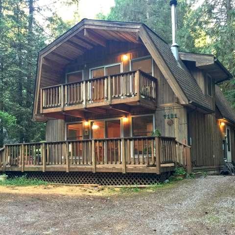 Mt. Baker Lodging – Cabin #49