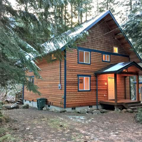 Mt. Baker Lodging – Cabin #45