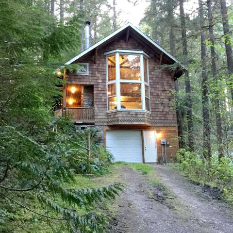 Mt. Baker Lodging – Cabin #25
