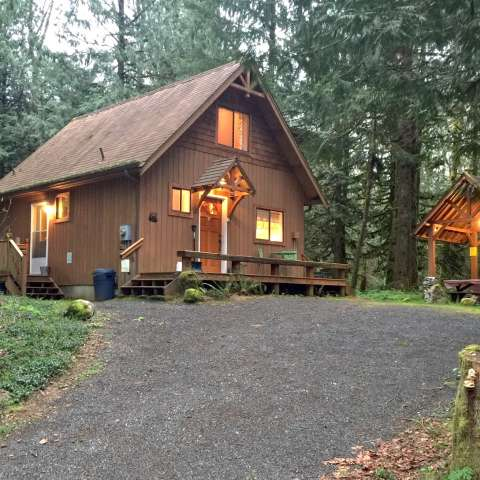 Mt. Baker Lodging – Cabin #67