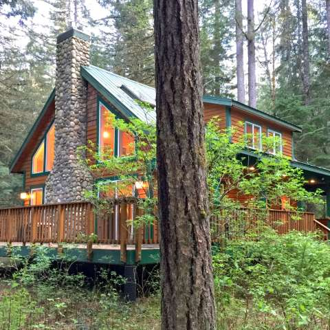 Mt. Baker Lodging – Cabin #78
