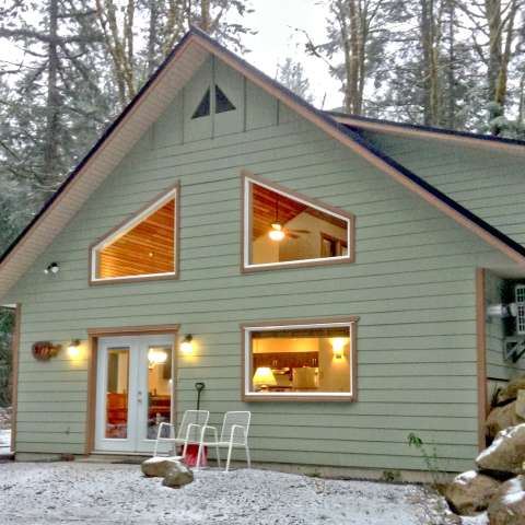 Mt. Baker Lodging – Cabin #2