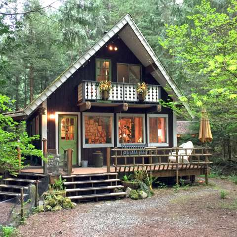 Mt. Baker Lodging – Cabin #73