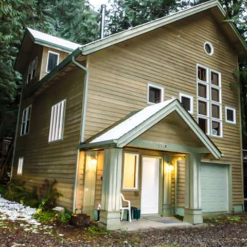 Mt. Baker Lodging – Cabin #51