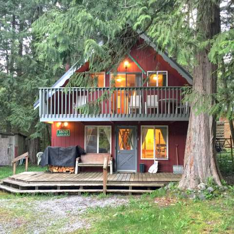 Mt. Baker Lodging – Cabin #63