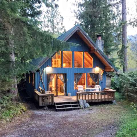 Mt. Baker Lodging – Cabin #53