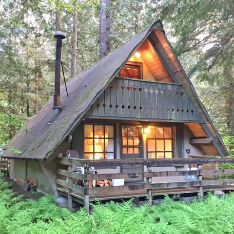 Mt. Baker Lodging – Cabin #86