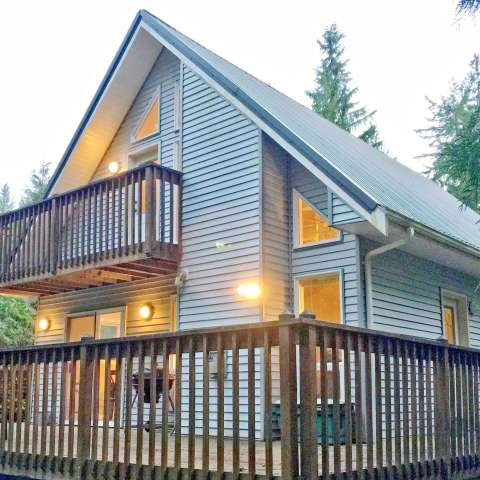 Mt. Baker Lodging – Cabin #96