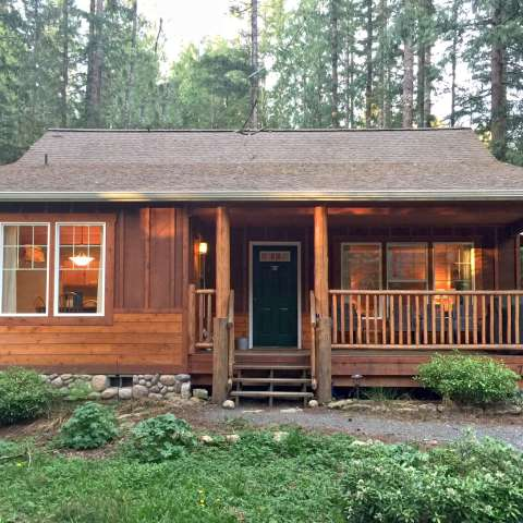 Mt. Baker Lodging – Cabin #95