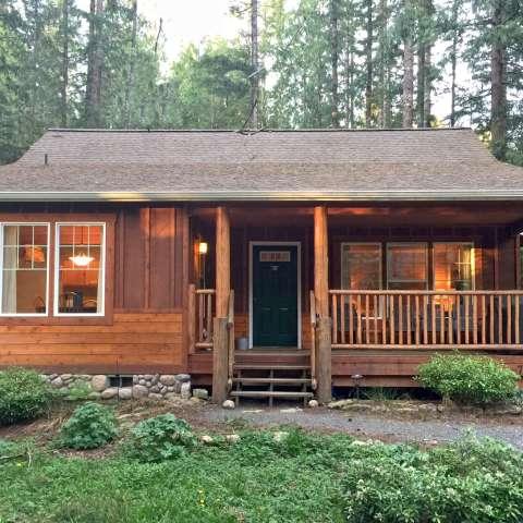 Mt. Baker Lodging – Cabin #95