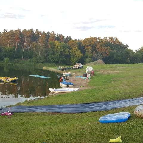 Family Farm, Pond campin