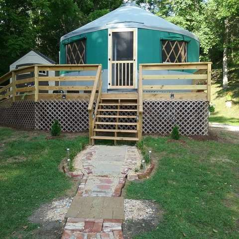 Longview Glamping/Yurt Rental