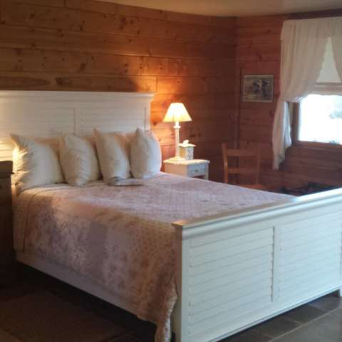 lack's luxury cabin