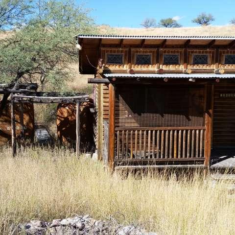La Siesta Bare Bone Log Cabin