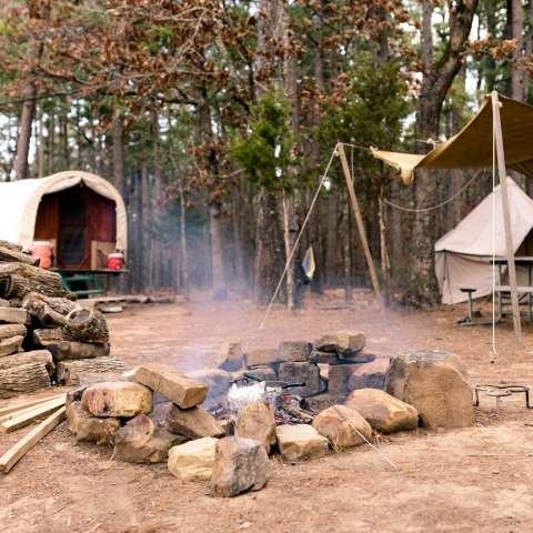 Old Covered Wagon Camp